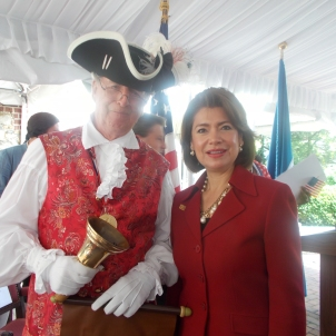 DSCN9157 White House Cabinet Secretary Maria Contreras-Sweet - July 4, 2014 - Paca House Annapolis MD